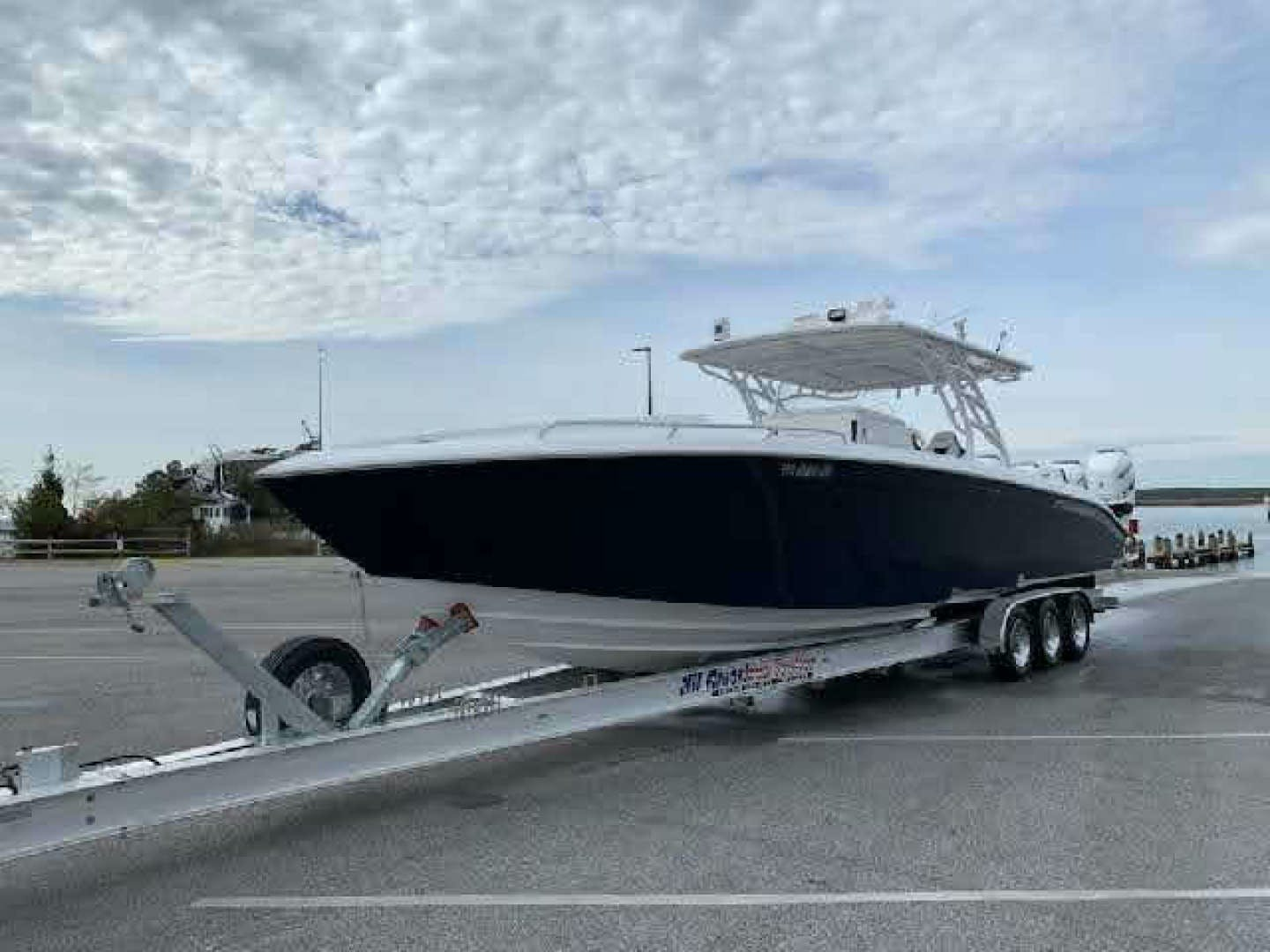 2019 Midnight Express 39' 39 Cuddy  | Picture 2 of 21