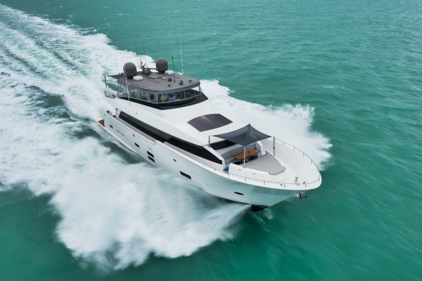 2019 Hatteras 90' M90 Panacera Jetstream | Picture 8 of 38