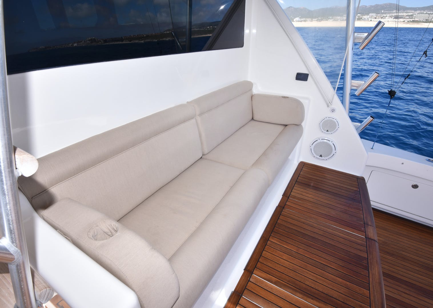 2008 Viking 74' 74 Convertible Picu 2 | Picture 4 of 95
