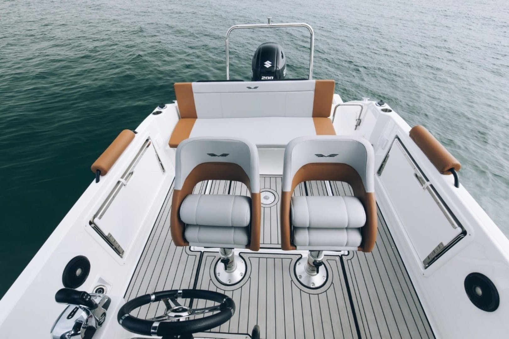 2021 Beneteau 21' Flyer 7 Spacedeck  | Picture 3 of 13