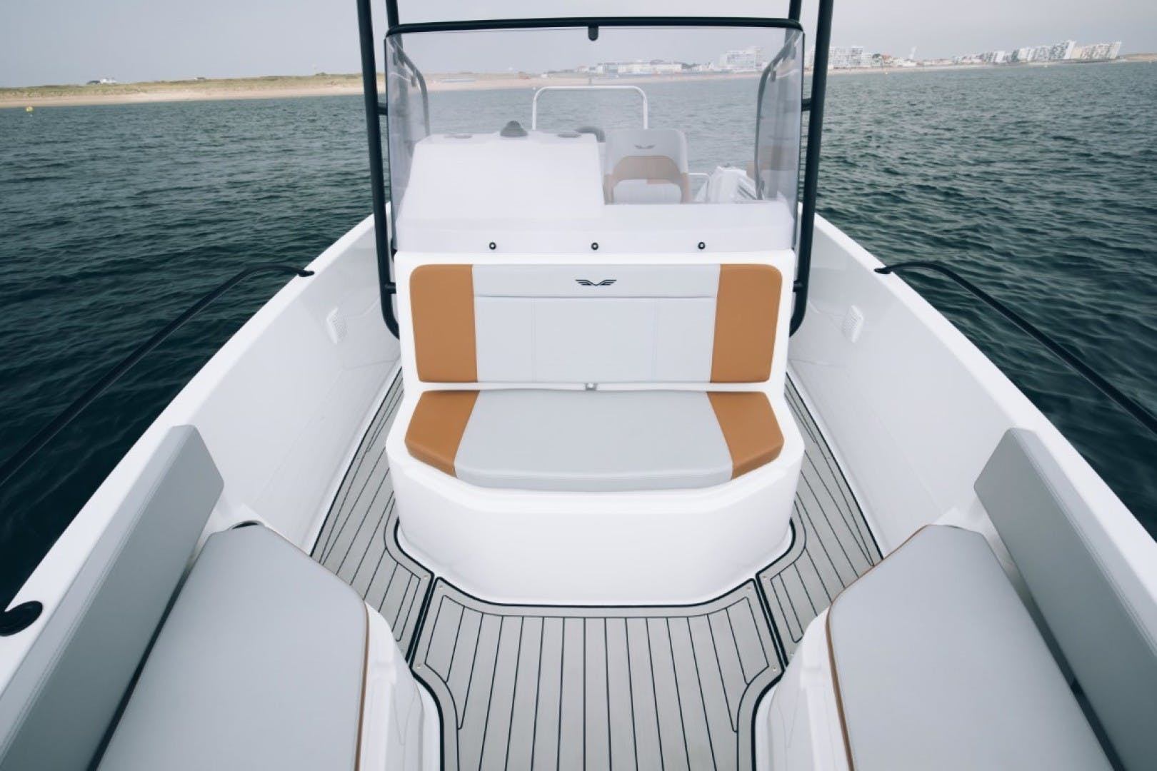 2021 Beneteau 21' Flyer 7 Spacedeck  | Picture 4 of 13