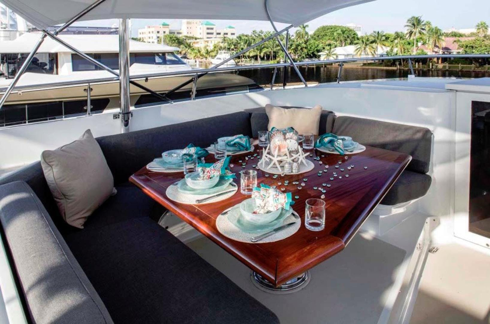 1991 Trinity Yachts 115' Raised Pilothouse  Watercolours   Picture 8 of 75