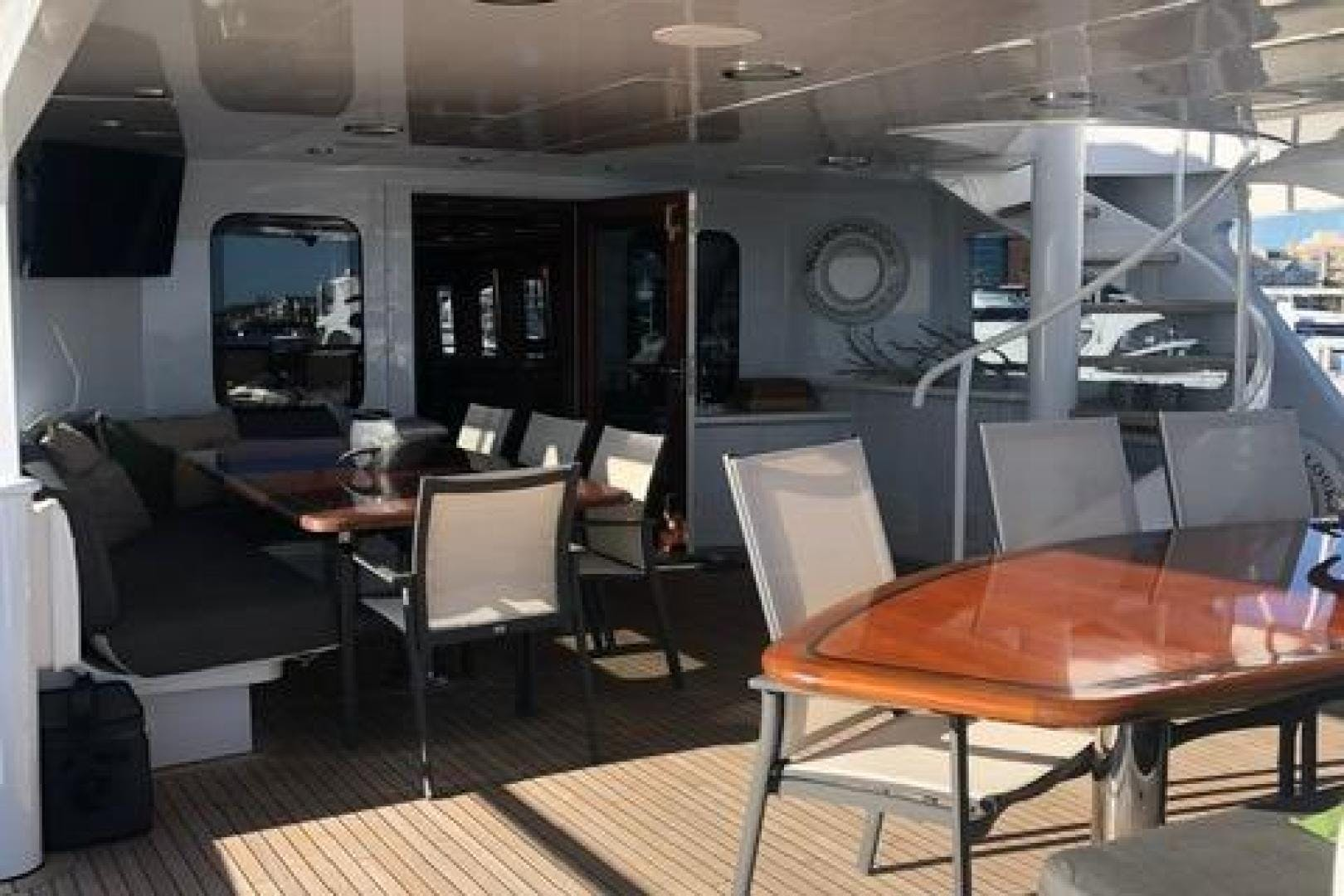 1991 Trinity Yachts 115' Raised Pilothouse  Watercolours   Picture 4 of 75
