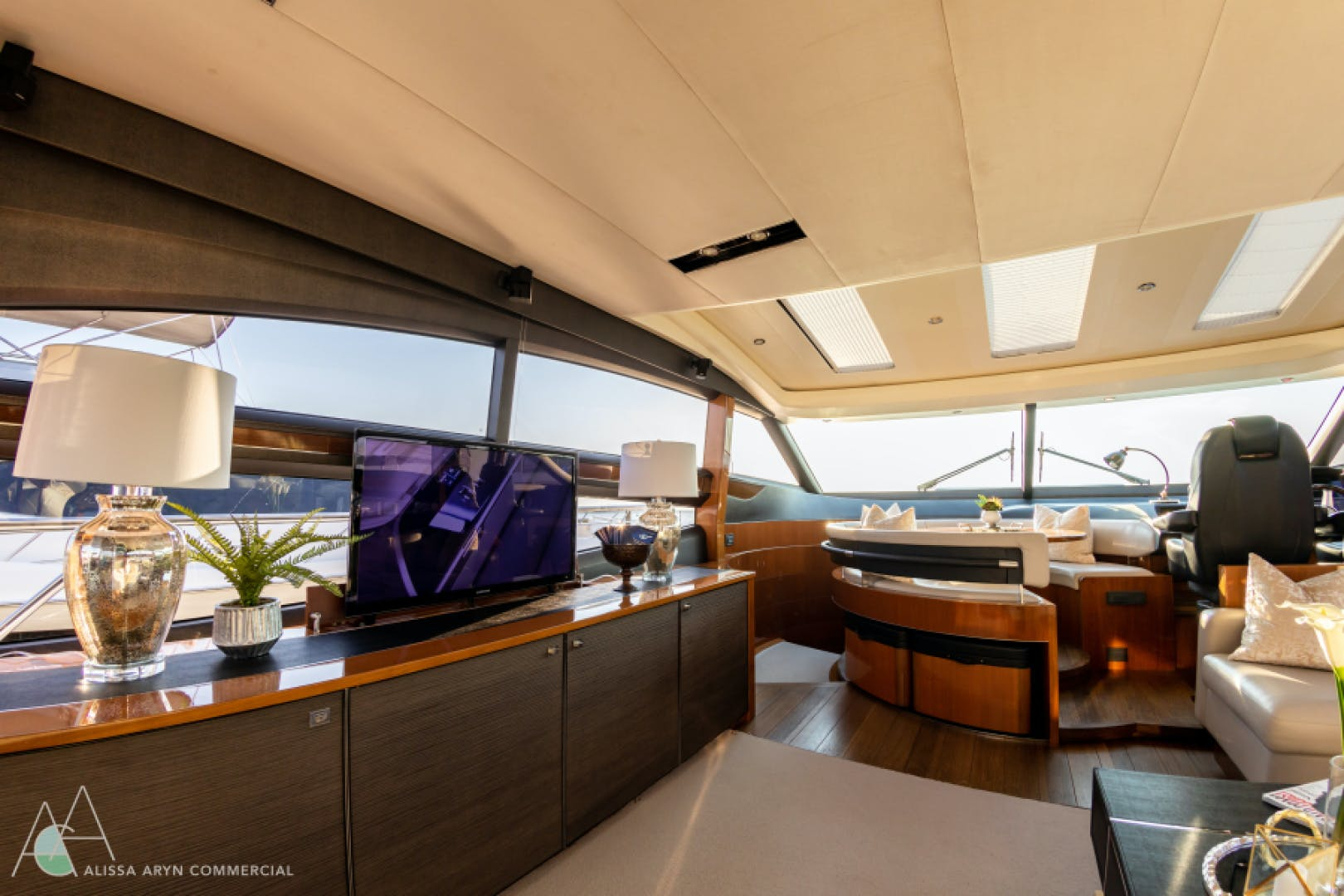 2013 Princess 72' V72  | Picture 4 of 37