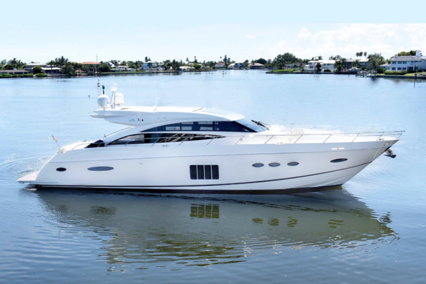 2013 Princess 72' V72  | Picture 2 of 37
