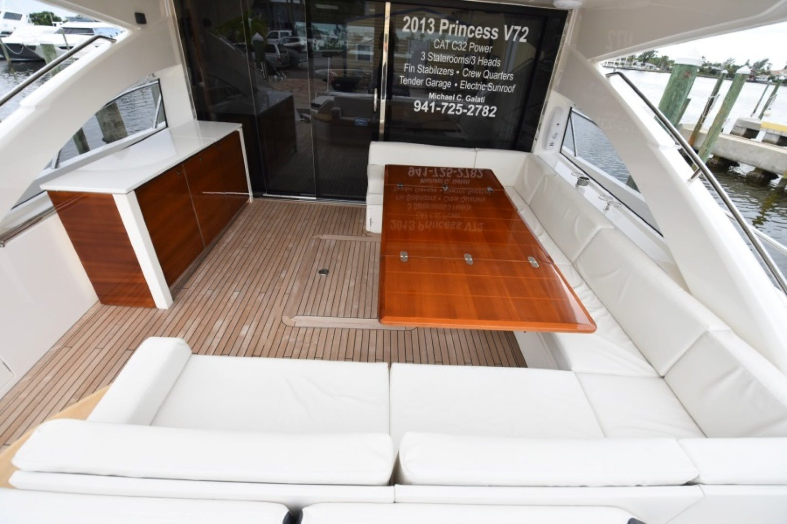 2013 Princess 72' V72  | Picture 7 of 37