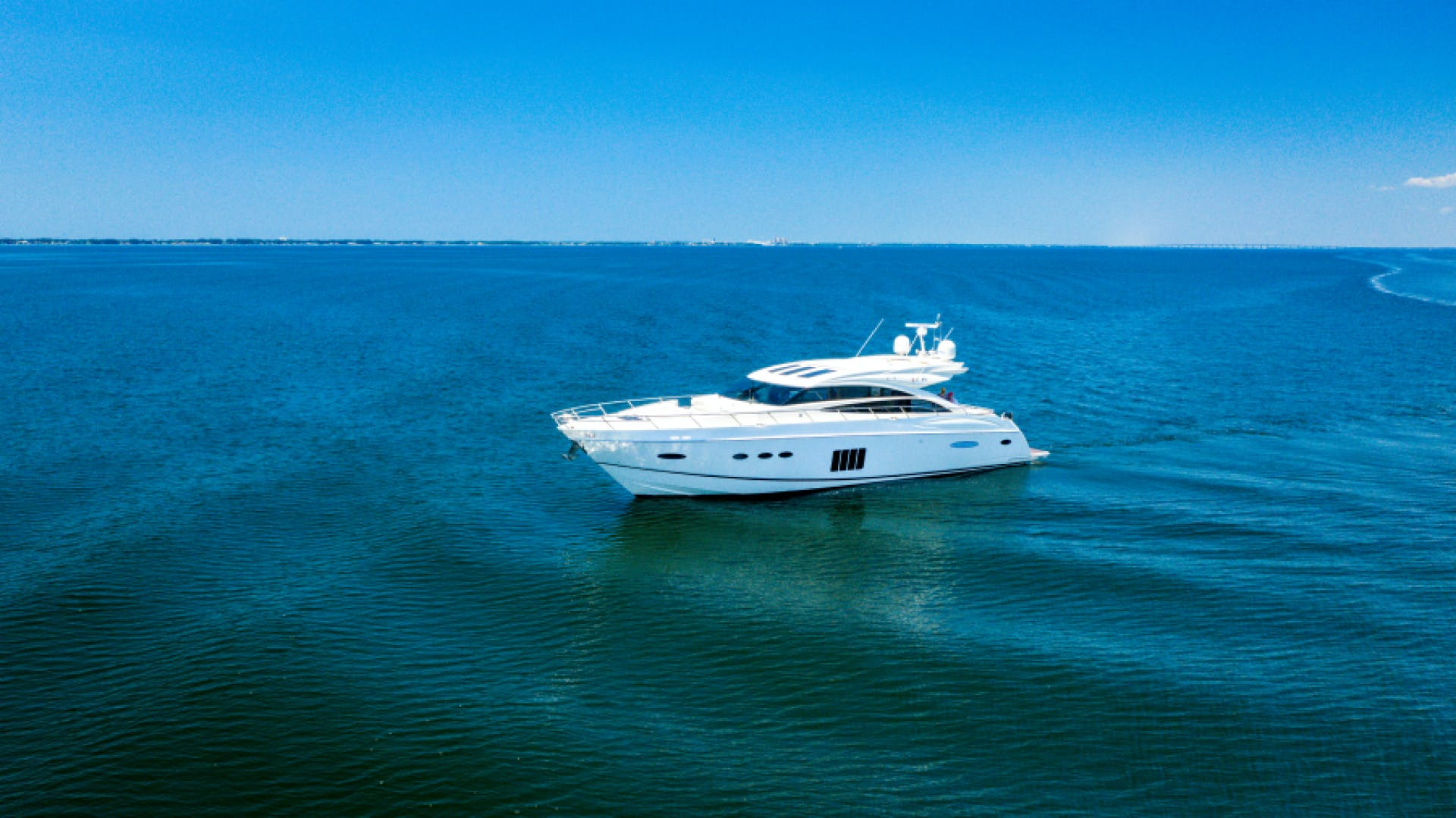 2013 Princess 72' V72  | Picture 3 of 37