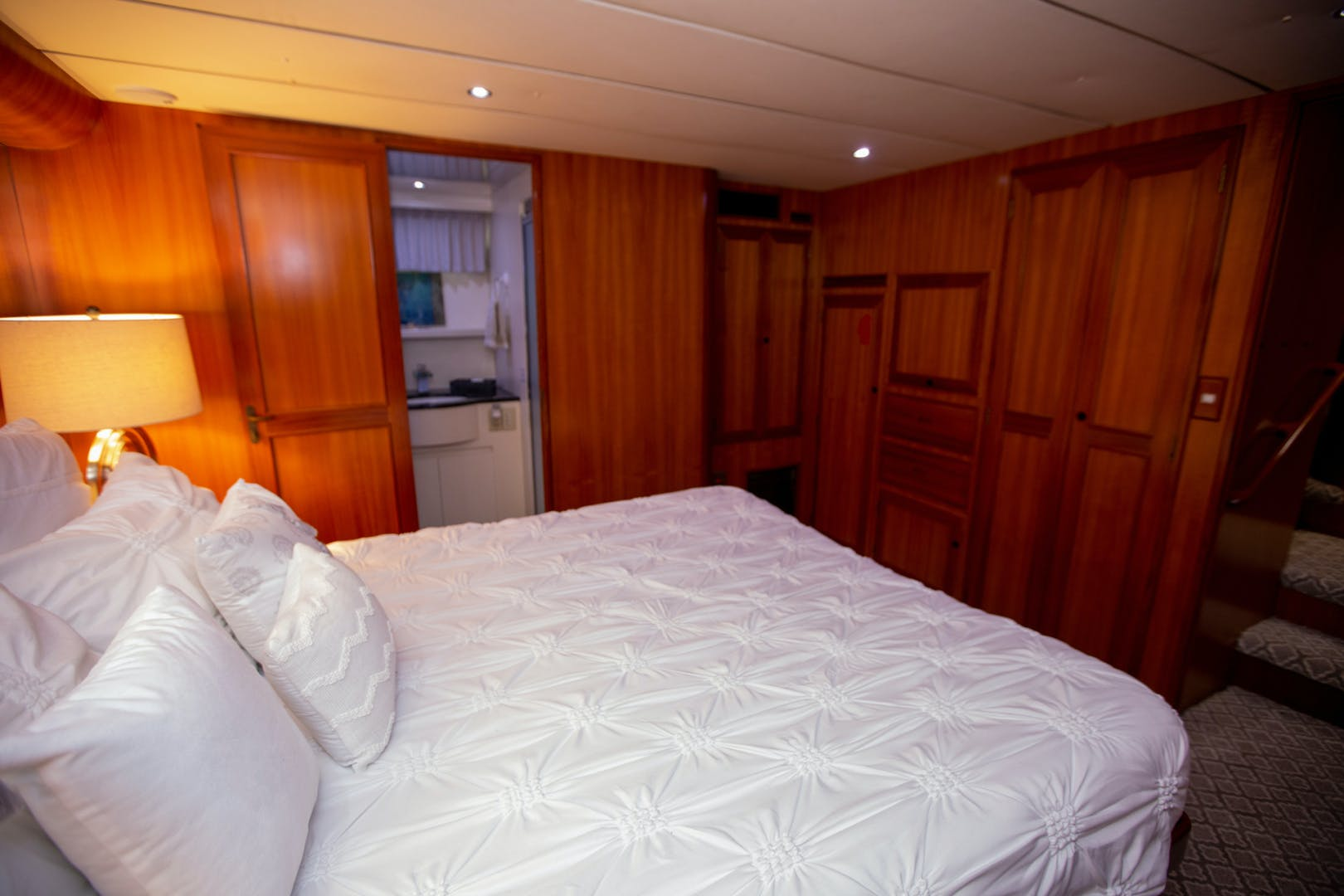 2000 Ocean Alexander 61' 610 Pilothouse Name Reserved | Picture 4 of 48