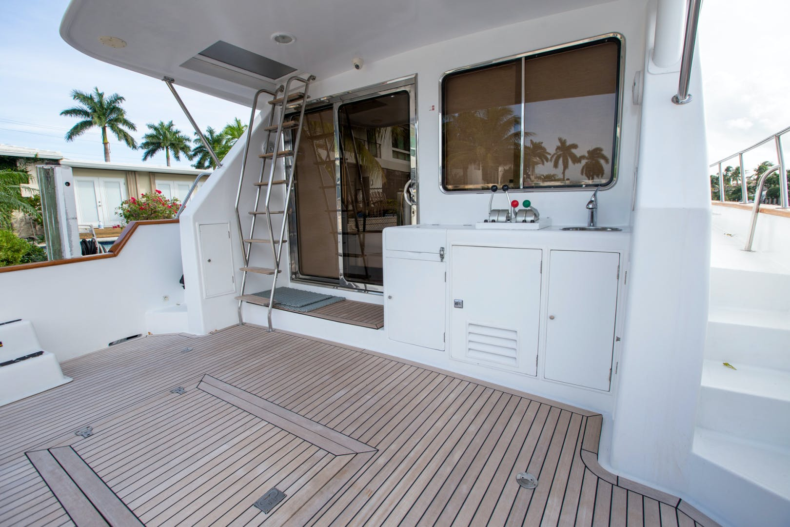2000 Ocean Alexander 61' 610 Pilothouse Name Reserved | Picture 7 of 48