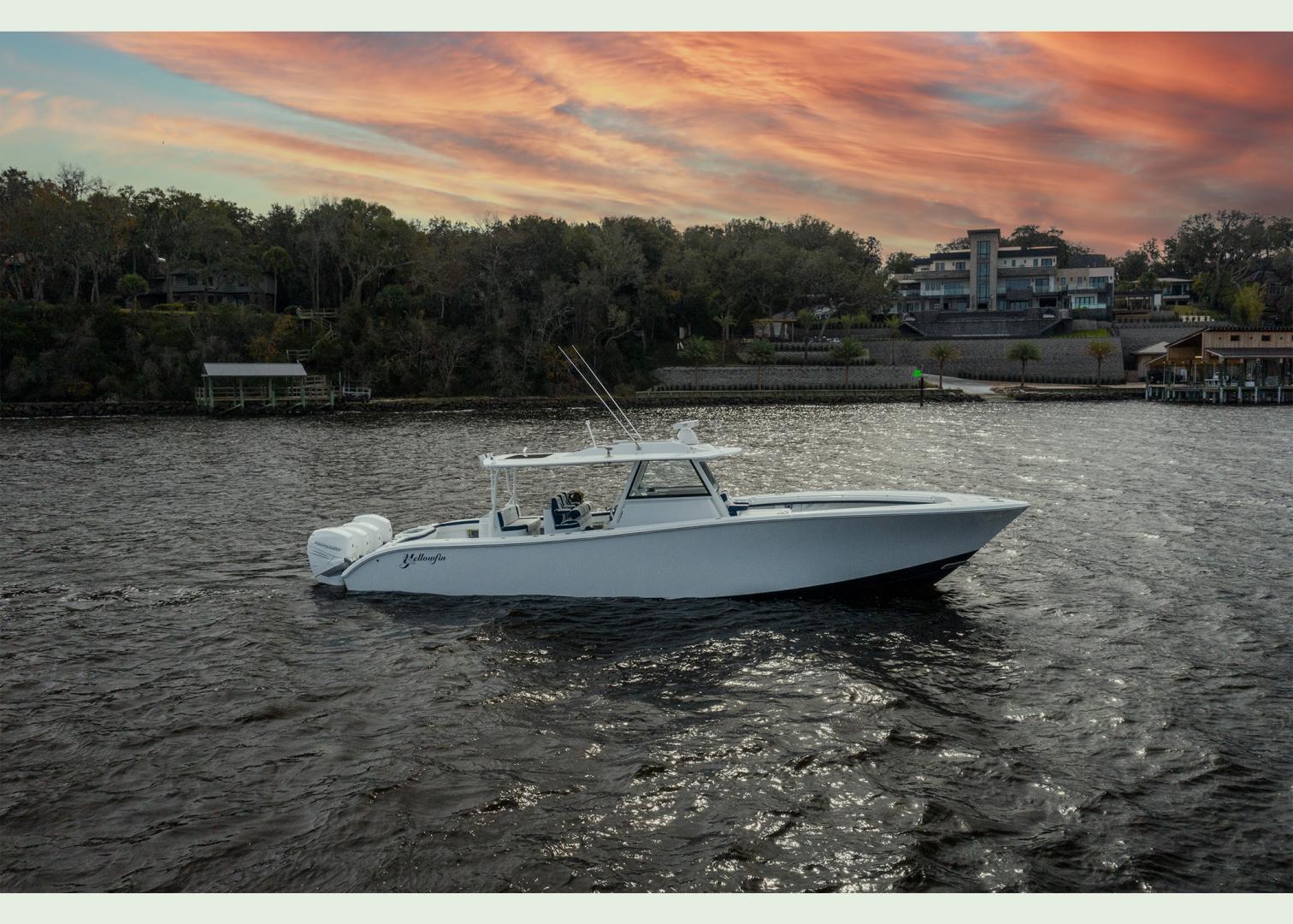 42' Yellowfin 2020 42 Offshore Fin Nikki