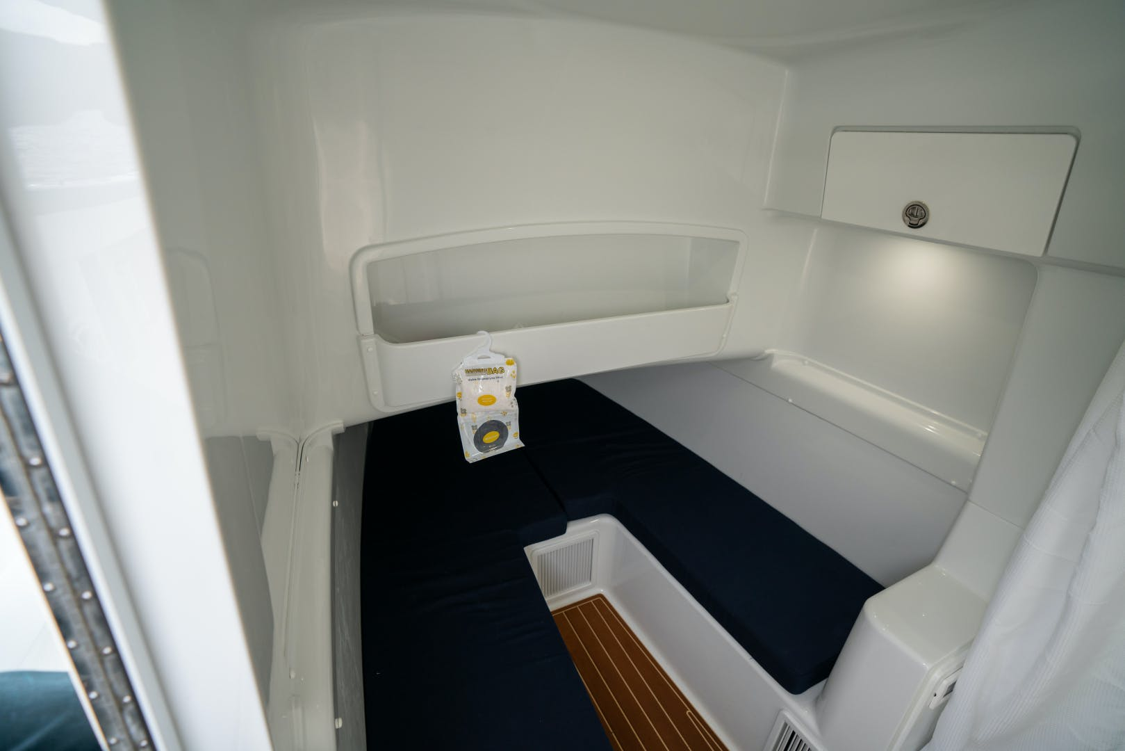 2020 Yellowfin 42' 42 Offshore Fin Nikki | Picture 4 of 63
