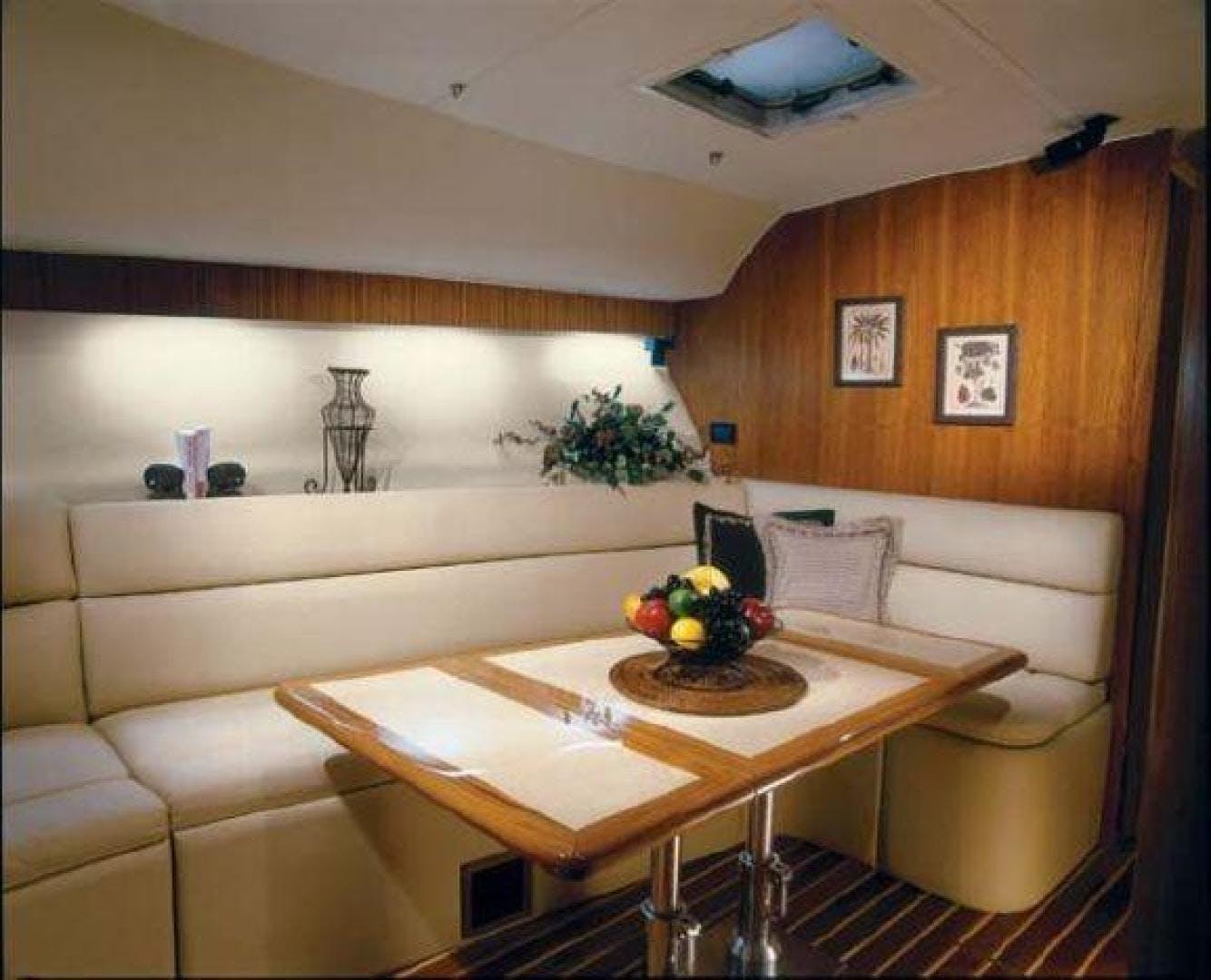 2006 Tiara Yachts 43' Open DEVOCEAN   Picture 2 of 14