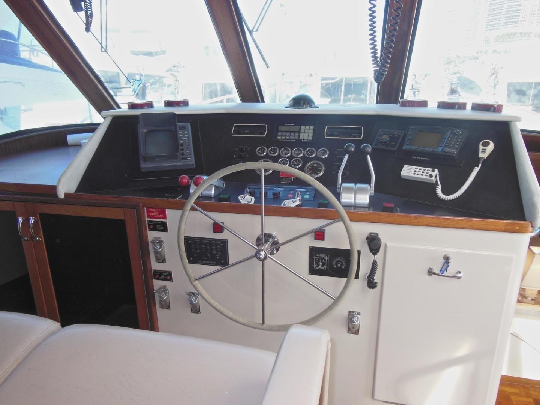 1988 Hatteras 63' Sportfish Enclosed Bridge Destiny | Picture 4 of 51