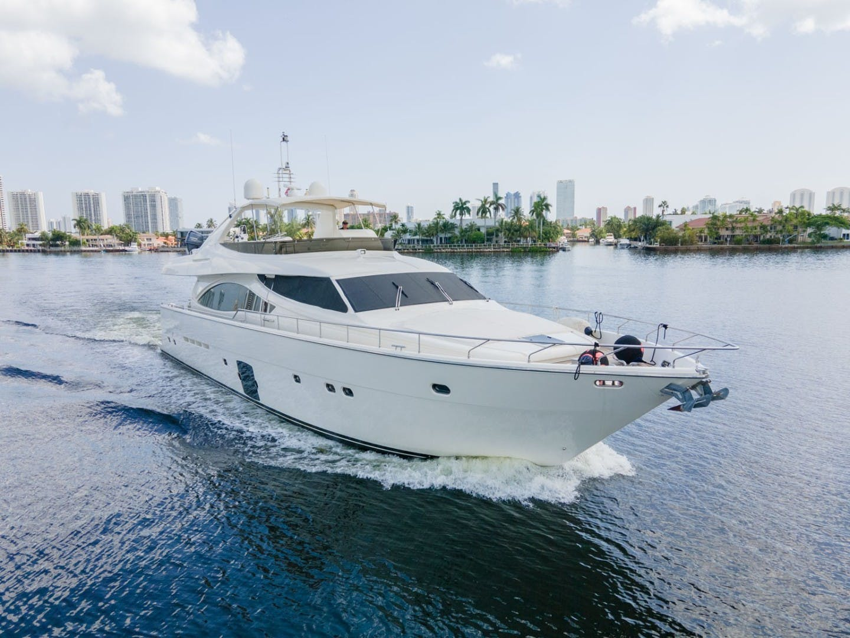 2006 Ferretti Yachts 83' 830    Picture 2 of 65