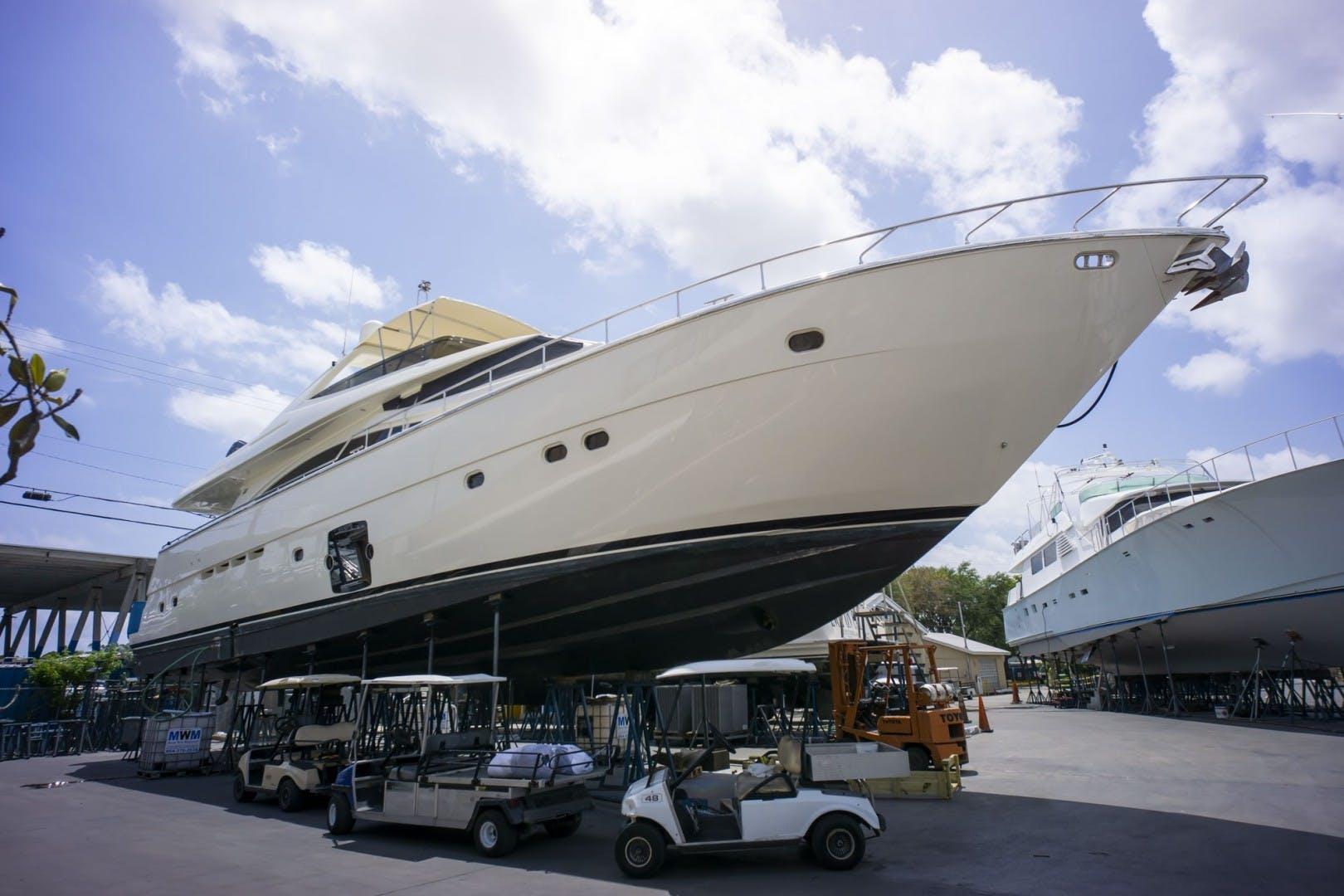 2006 Ferretti Yachts 83' 830    Picture 4 of 54