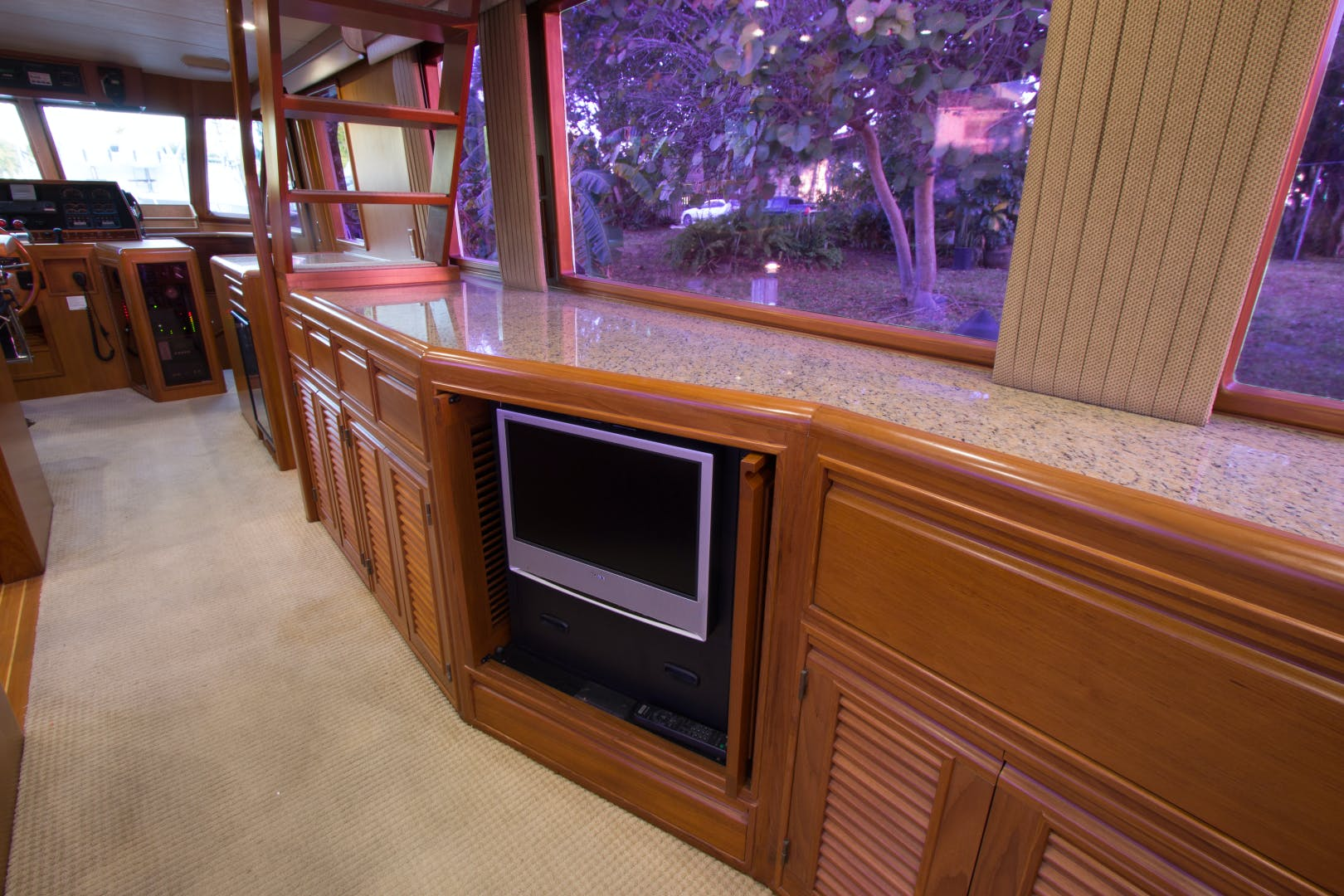 2001 Offshore Yachts 62' Flushdeck Mimi   Picture 8 of 21