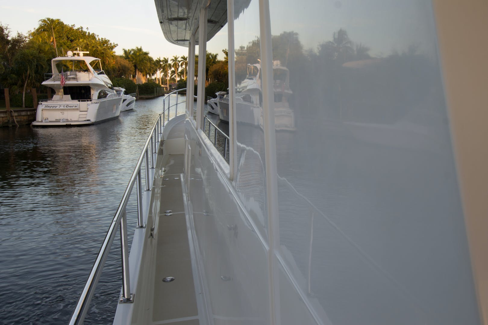 2001 Offshore Yachts 62' Flushdeck Mimi   Picture 3 of 21
