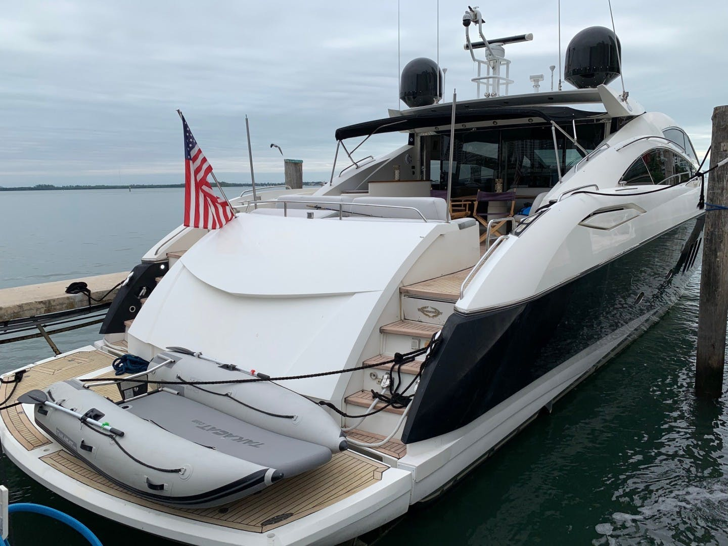2006 Sunseeker 82' 82 Predator 82 SUNSEEKER | Picture 3 of 11