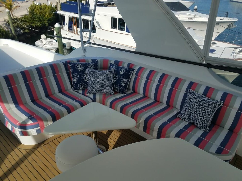 2002 Hatteras 75' Motor yacht flybridge Luisa | Picture 7 of 44