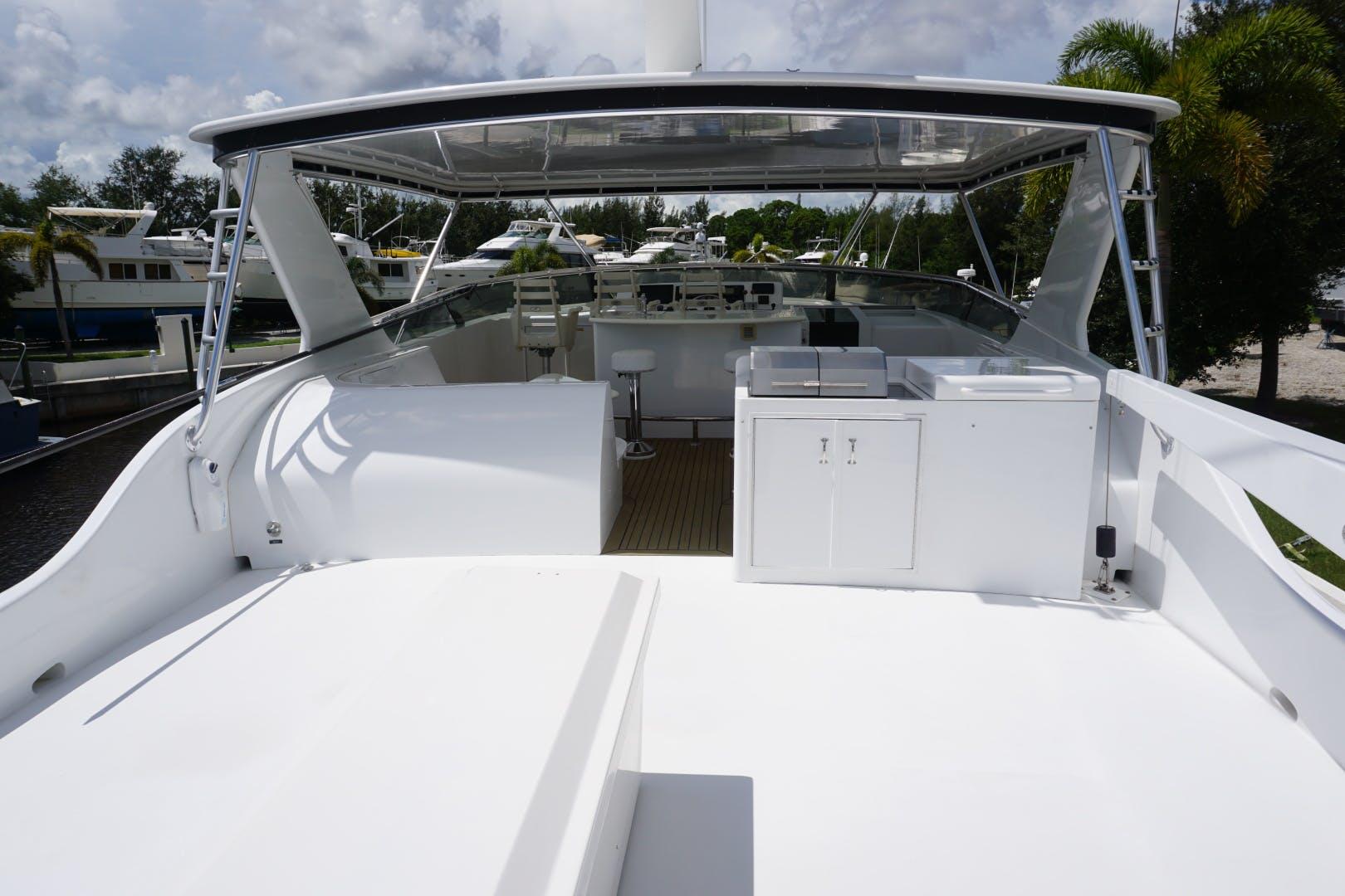 2002 Hatteras 75' Motor yacht flybridge Luisa | Picture 2 of 44