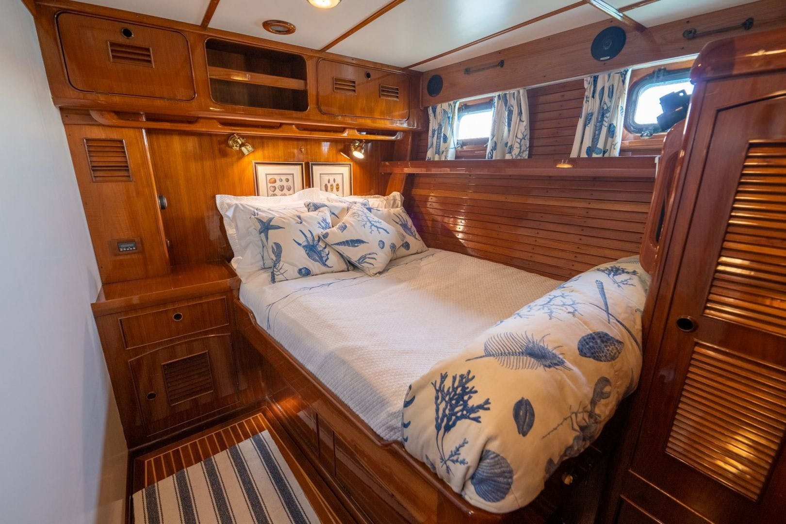 1984 Little Harbor 78'  HERMIE LOUISE | Picture 5 of 31