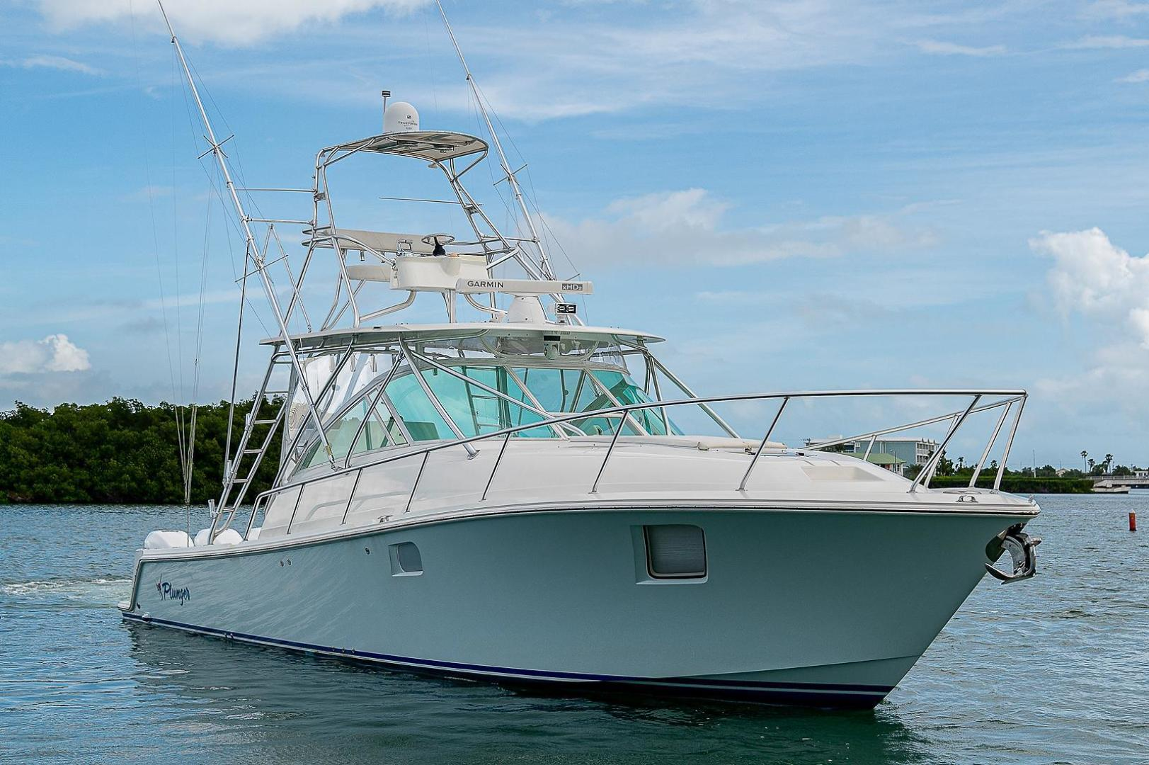 43' SeaVee 2013  Plunger