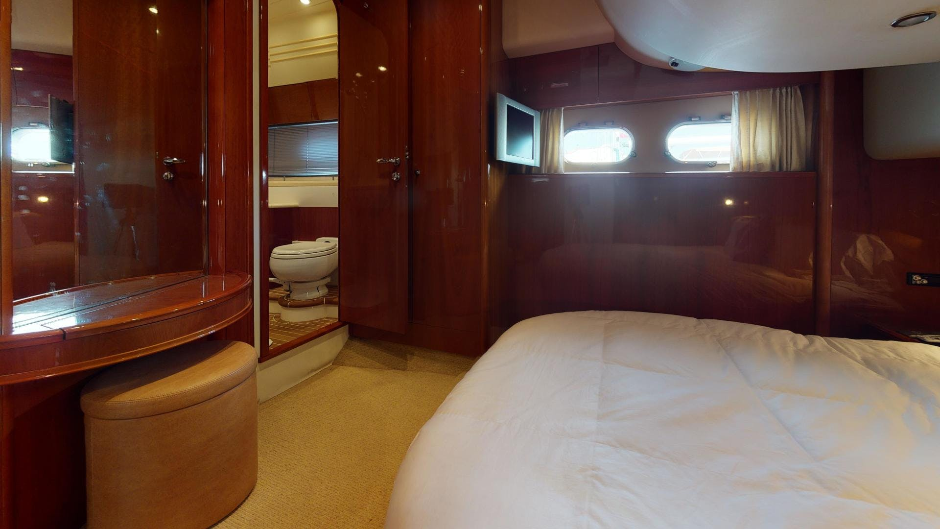 2003 Viking 61' Motor Yacht  | Picture 5 of 37