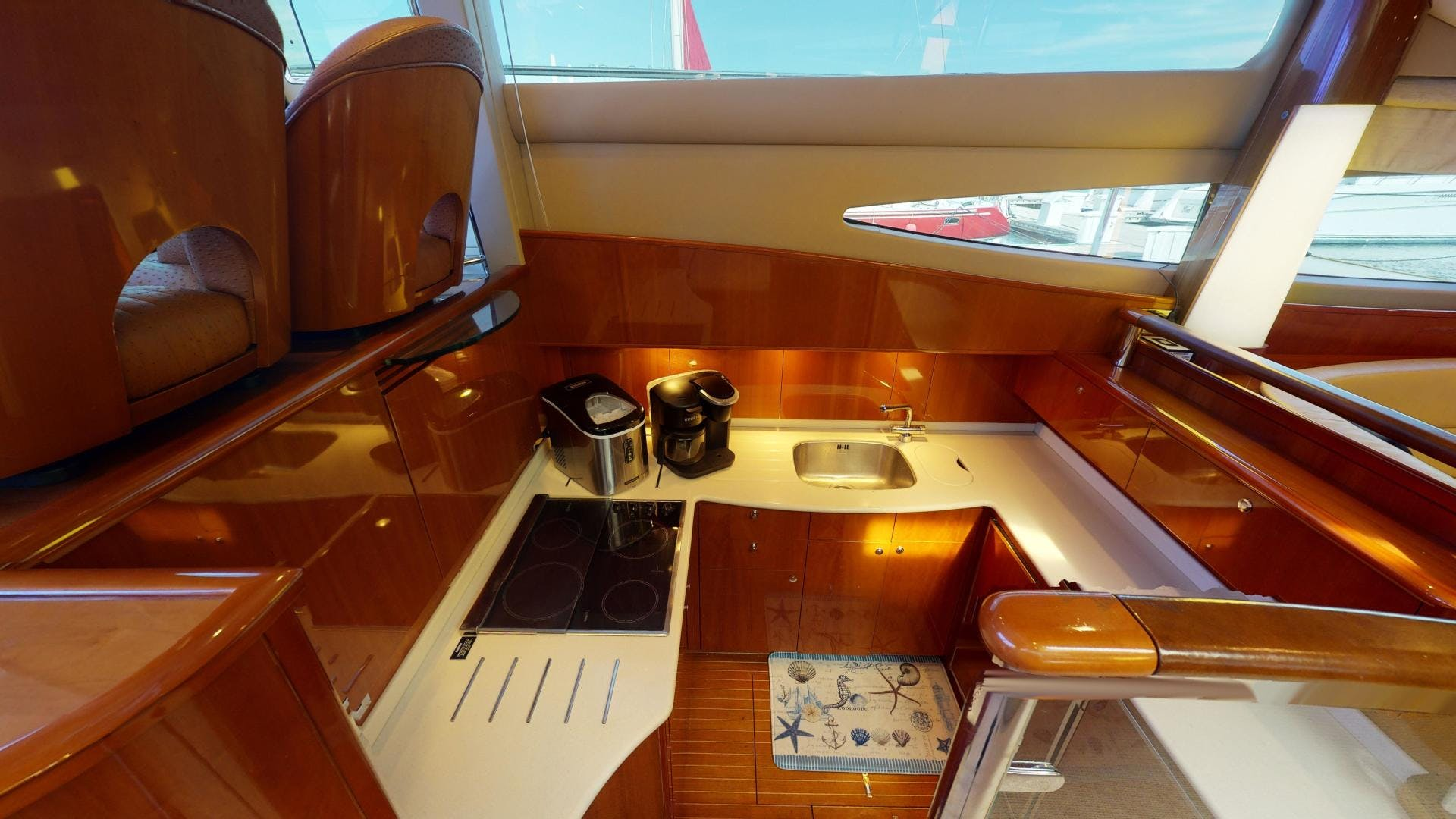 2003 Viking 61' Motor Yacht  | Picture 4 of 37
