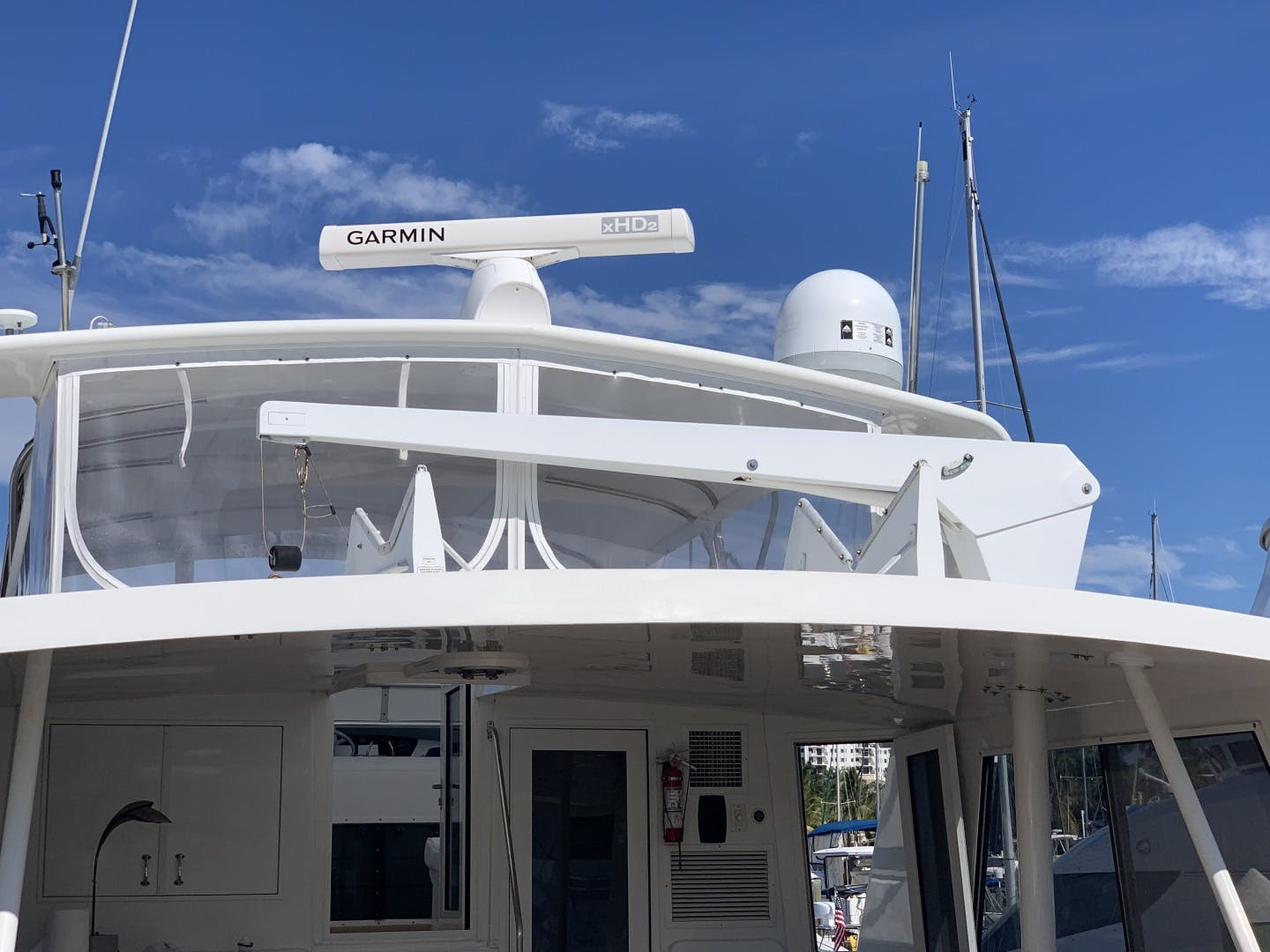 1991 Hatteras 52' Cockpit Motor Yacht Cat in the Hatt | Picture 5 of 62
