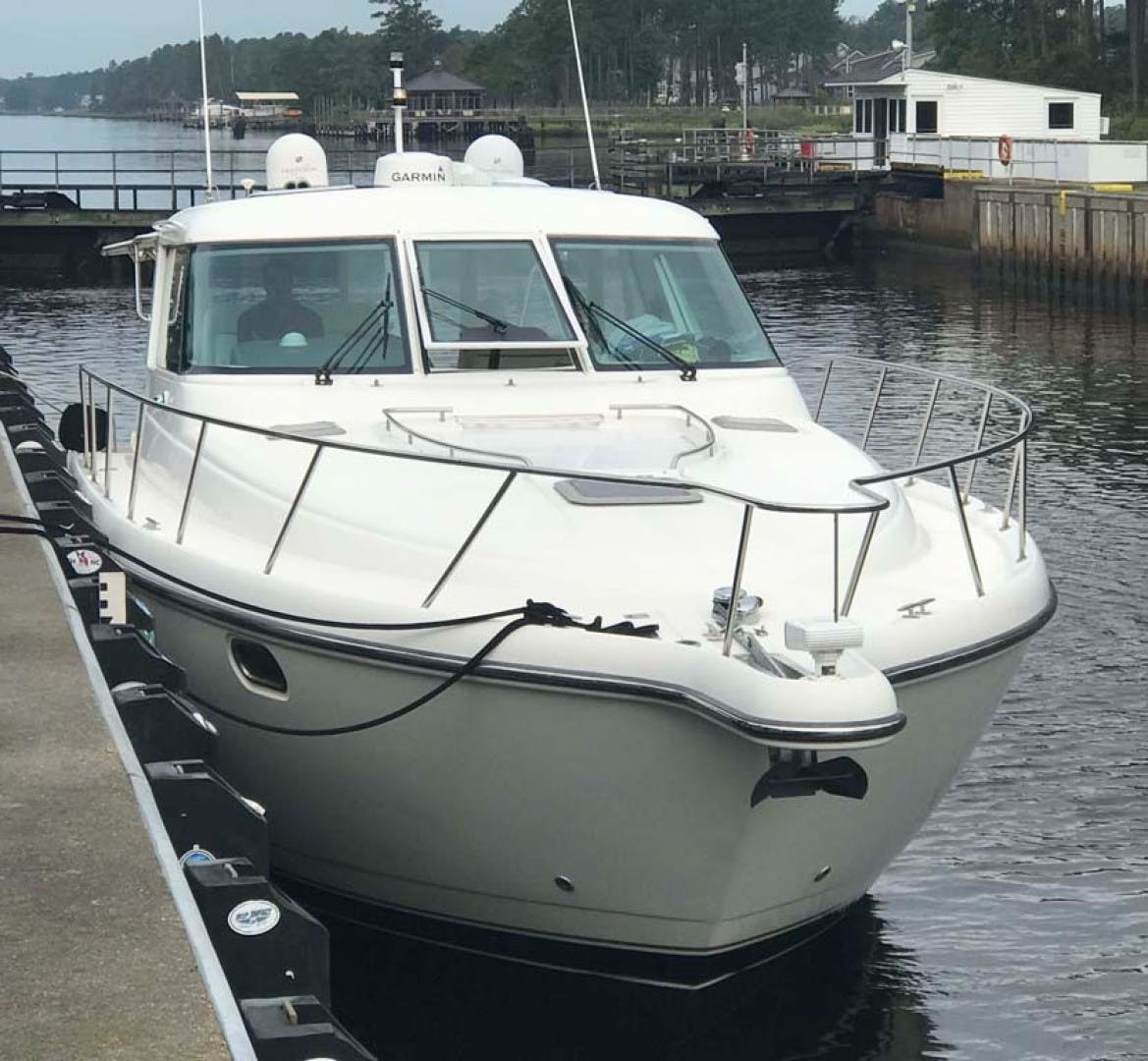 2003 Tiara Yachts 44' 4400 Sovran  | Picture 4 of 40