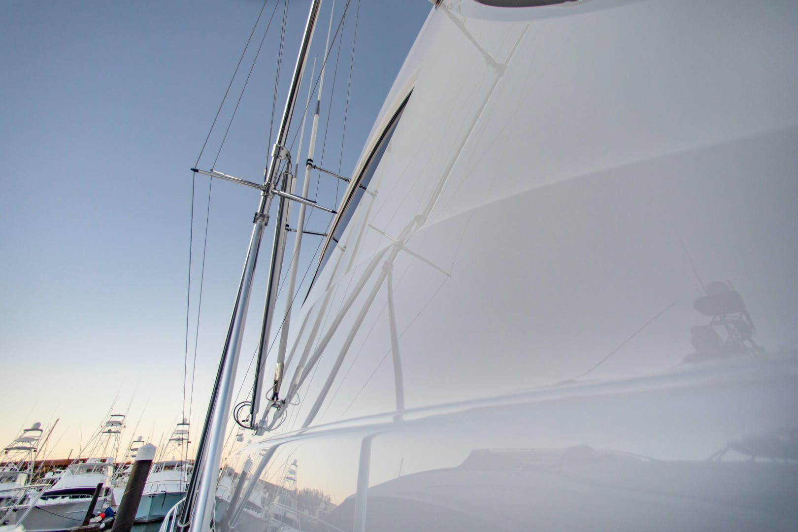 2012 Hatteras 63' 63GT Camille | Picture 8 of 64