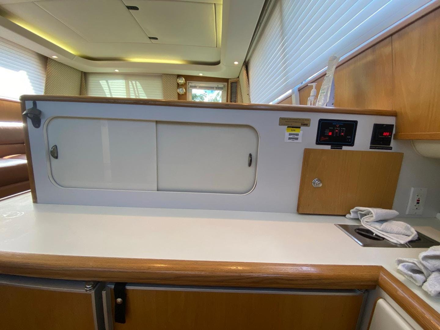 1997 Tiara Yachts 43' Luxury Sportfish Reel Knotty | Picture 8 of 92