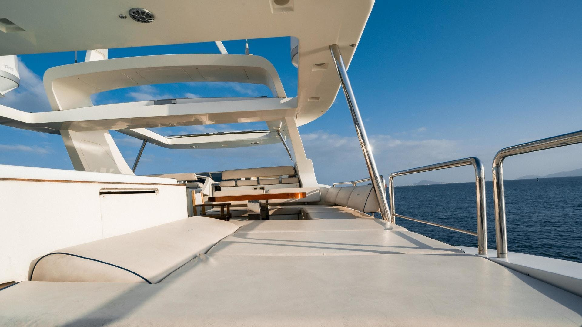 2007 Azimut 105' Grande CAMY ED | Picture 6 of 77