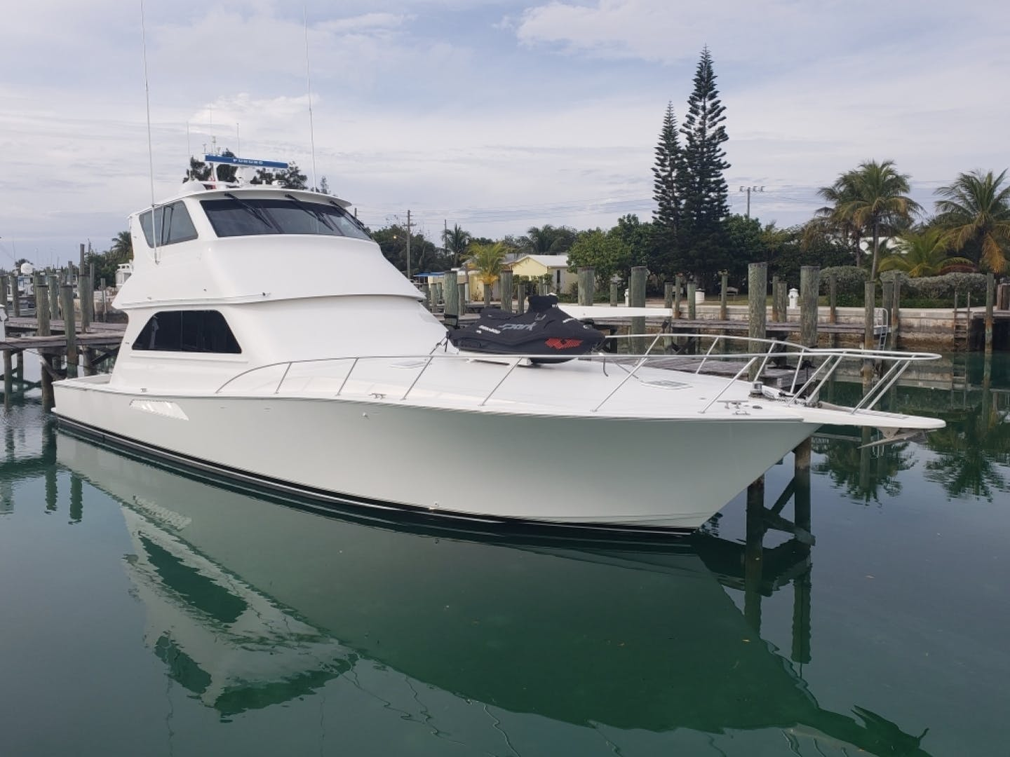 2002 Viking 61' Enclosed Bridge King and I | Picture 3 of 23