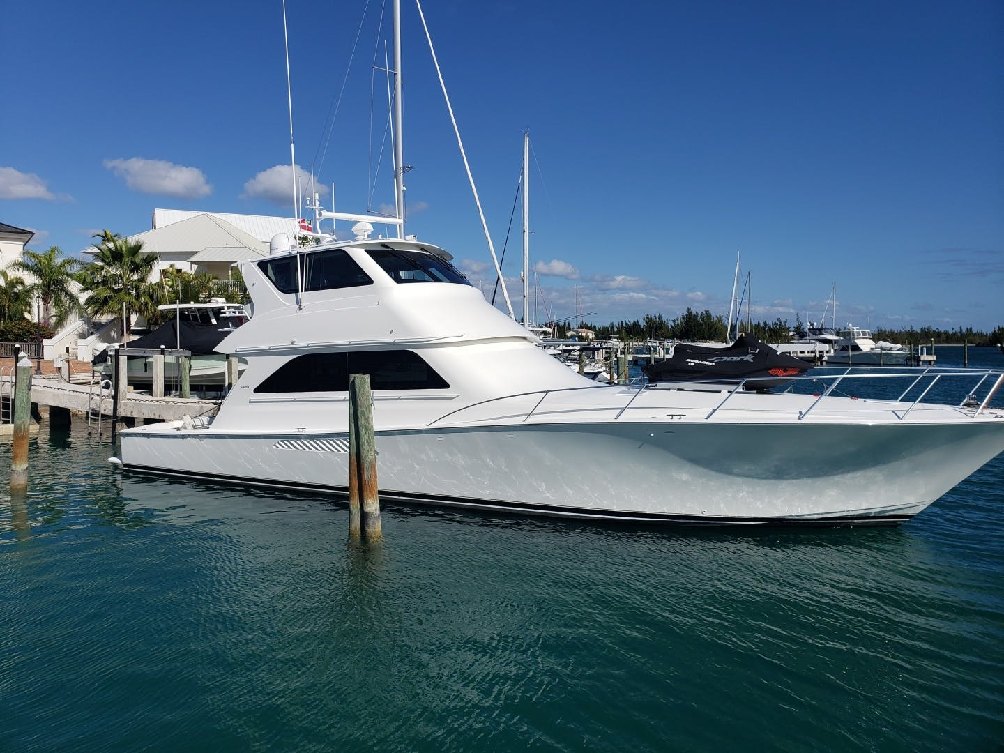 2002 Viking 61' Enclosed Bridge King and I | Picture 4 of 23