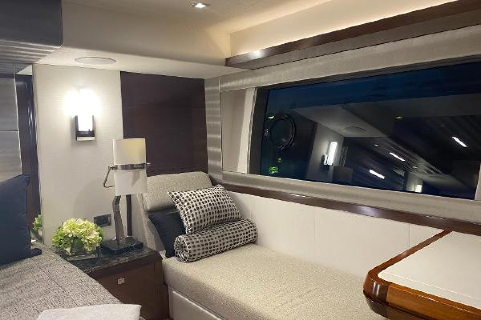 2019 Ocean Alexander 70' 70 Evolution CHARITOO | Picture 7 of 31