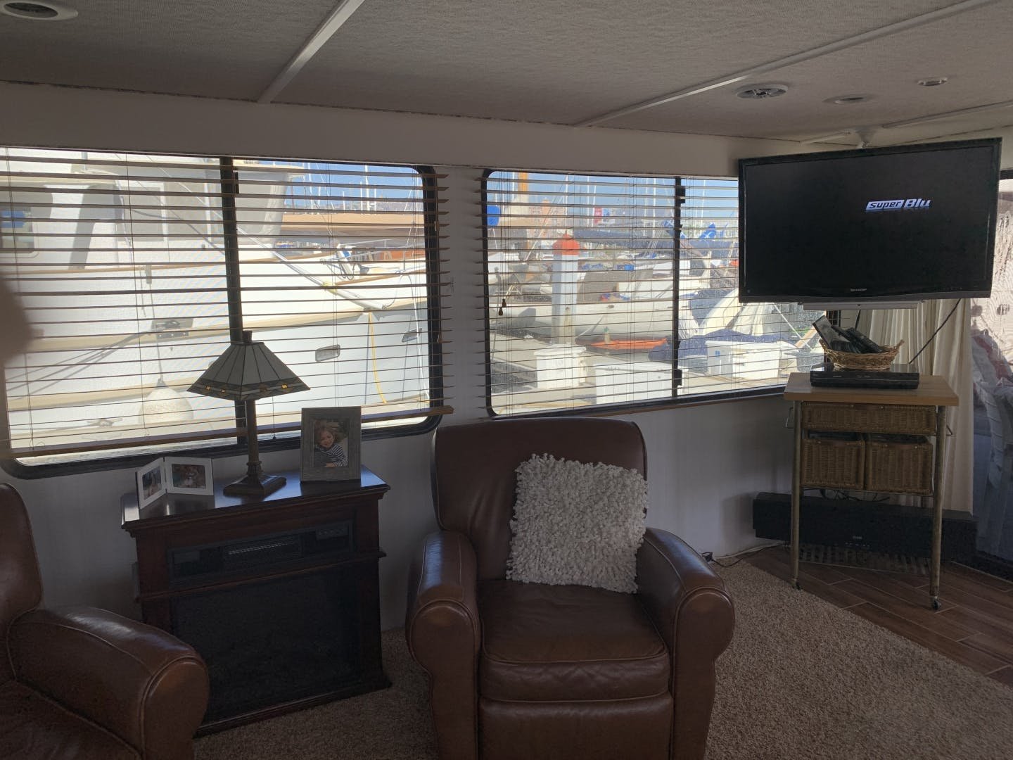 1998 Skipperliner 62' Houseboat Wild Burro | Picture 5 of 22
