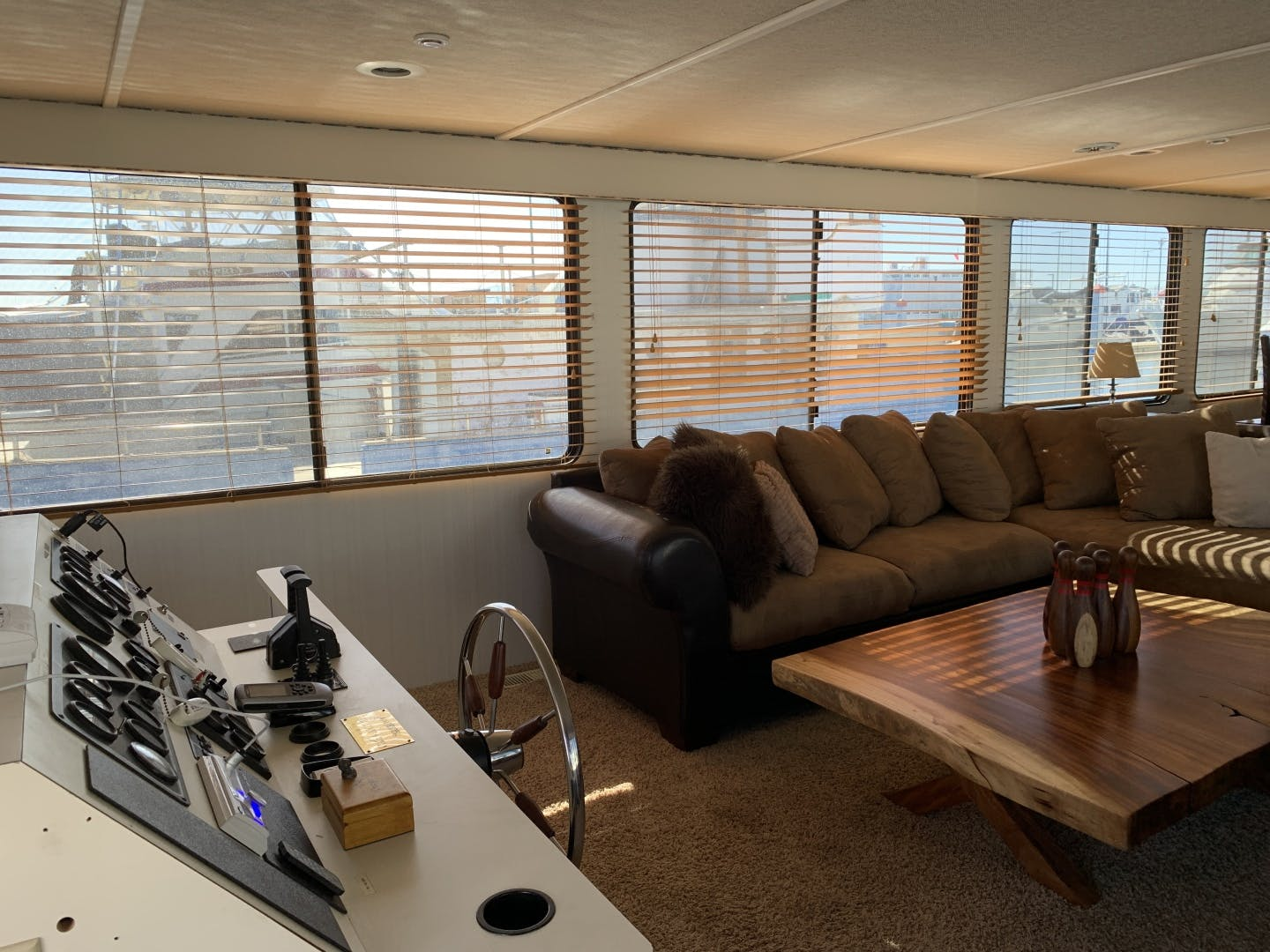 1998 Skipperliner 62' Houseboat Wild Burro | Picture 4 of 22