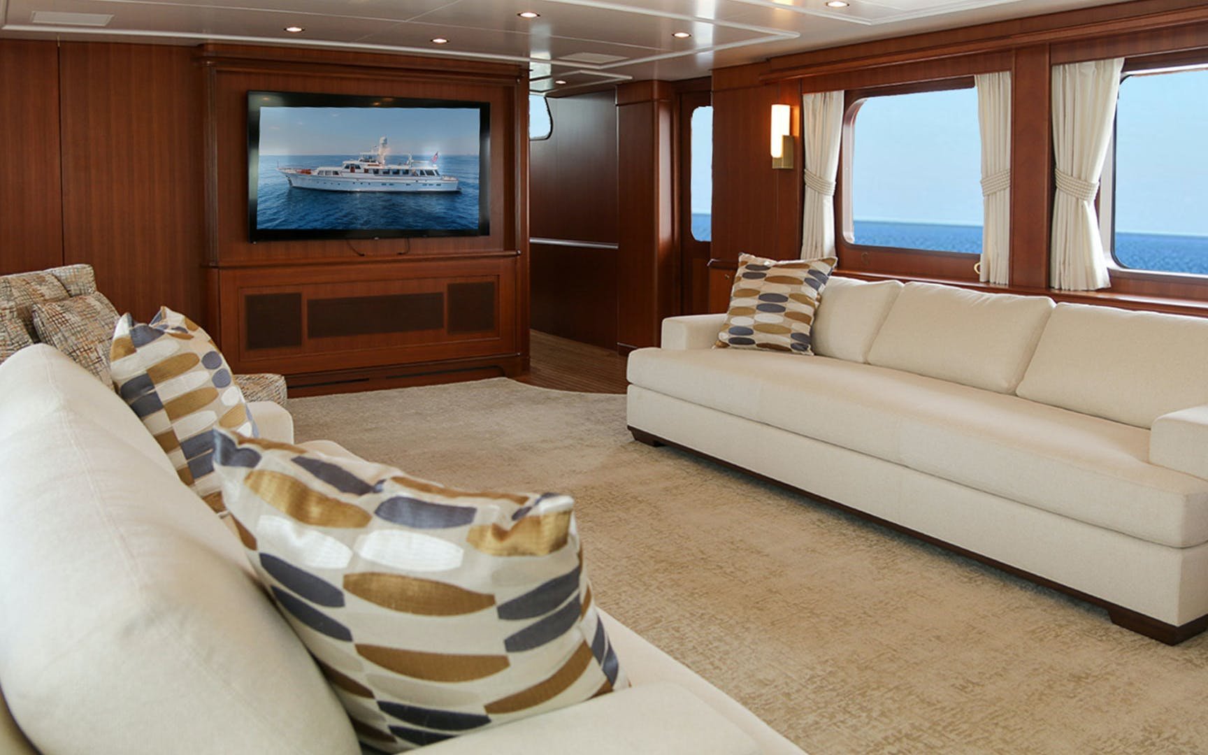 1969 Feadship 105'  Blue  | Picture 2 of 42