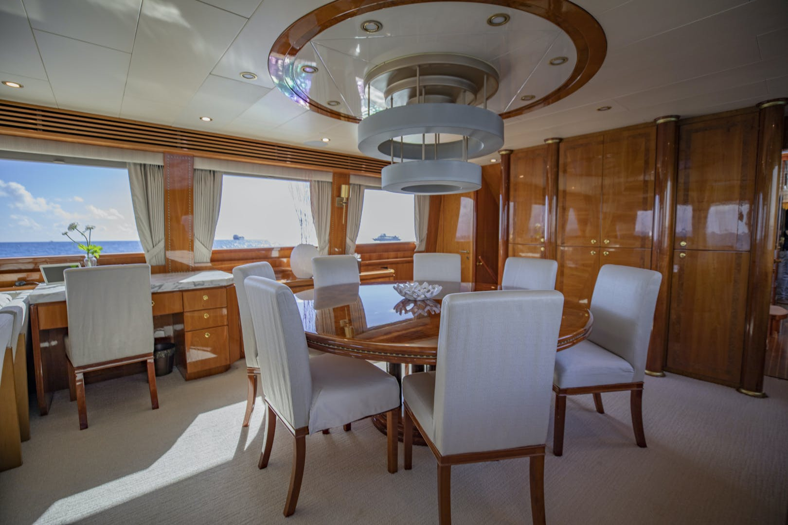 2002 Hargrave 95' Raised Pilothouse FLY BOYS   Picture 7 of 30