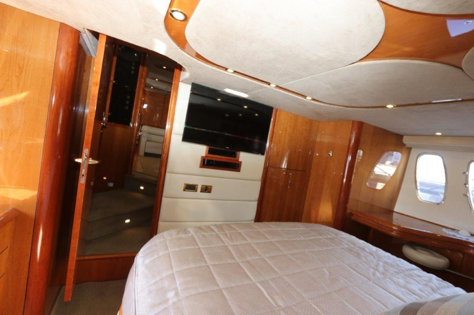 2004 Sunseeker 68' Predator Second Thoughts | Picture 2 of 46