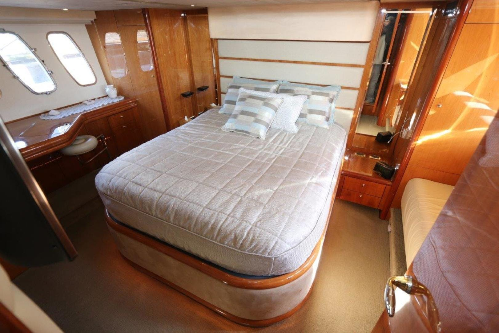 2004 Sunseeker 68' Predator Second Thoughts | Picture 7 of 46
