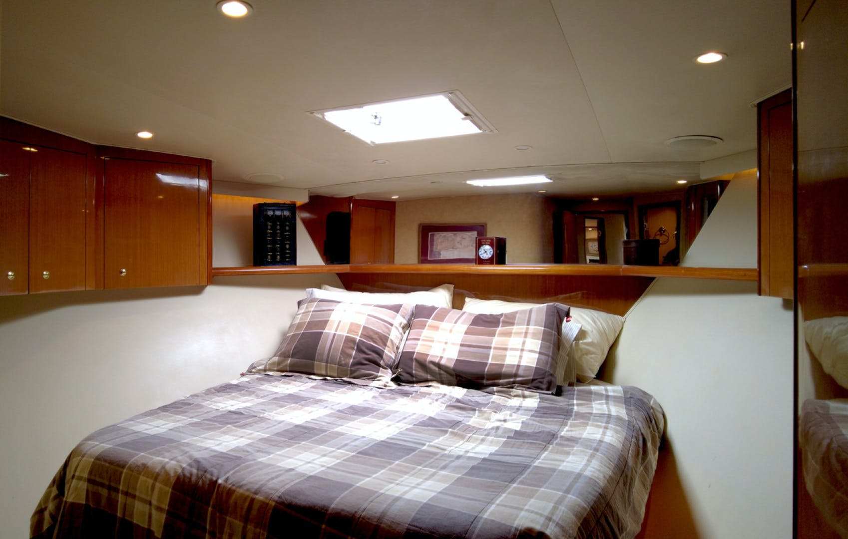 2004 Viking 65' 65EB Quality Time | Picture 7 of 27