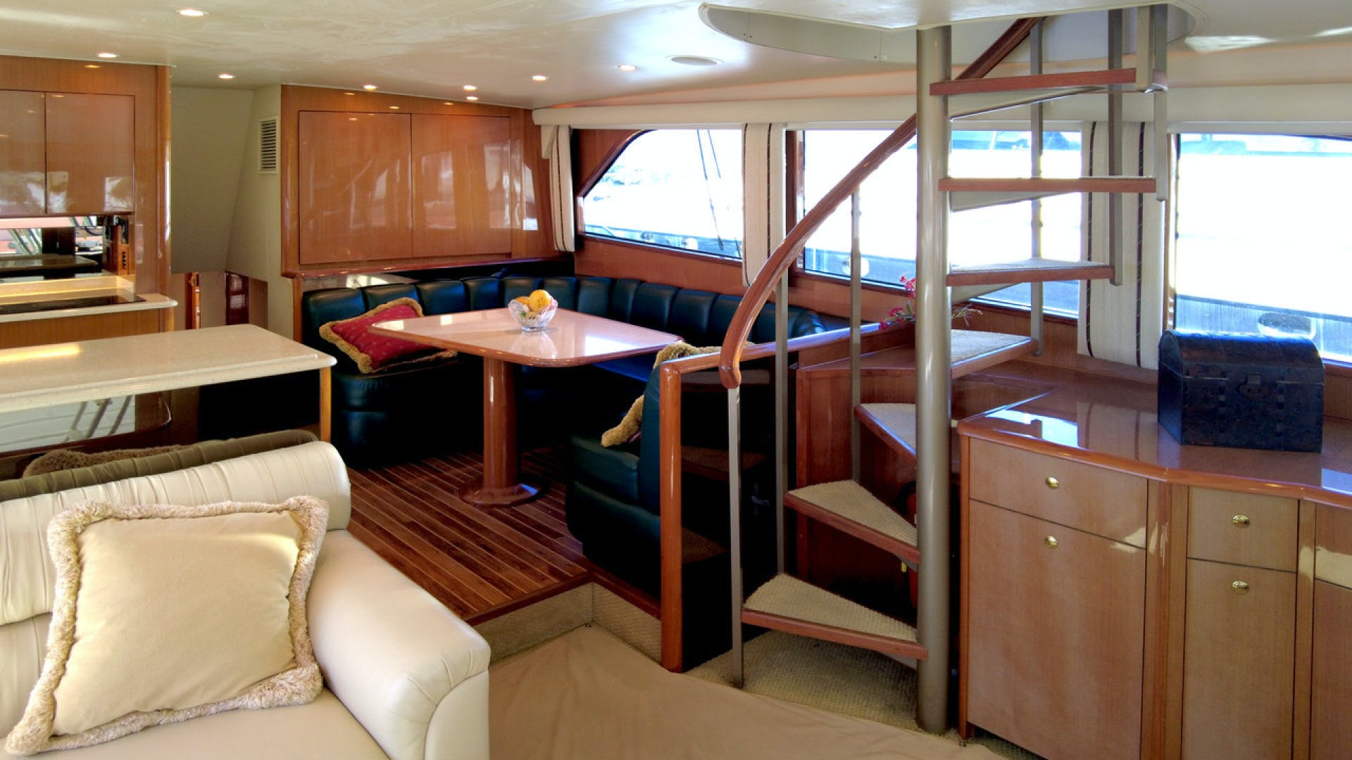 2004 Viking 65' 65EB Quality Time | Picture 8 of 27