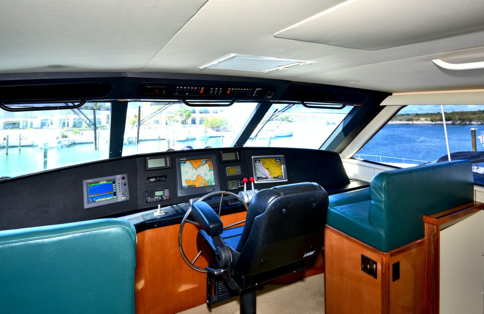 2004 Viking 65' 65EB Quality Time | Picture 5 of 27