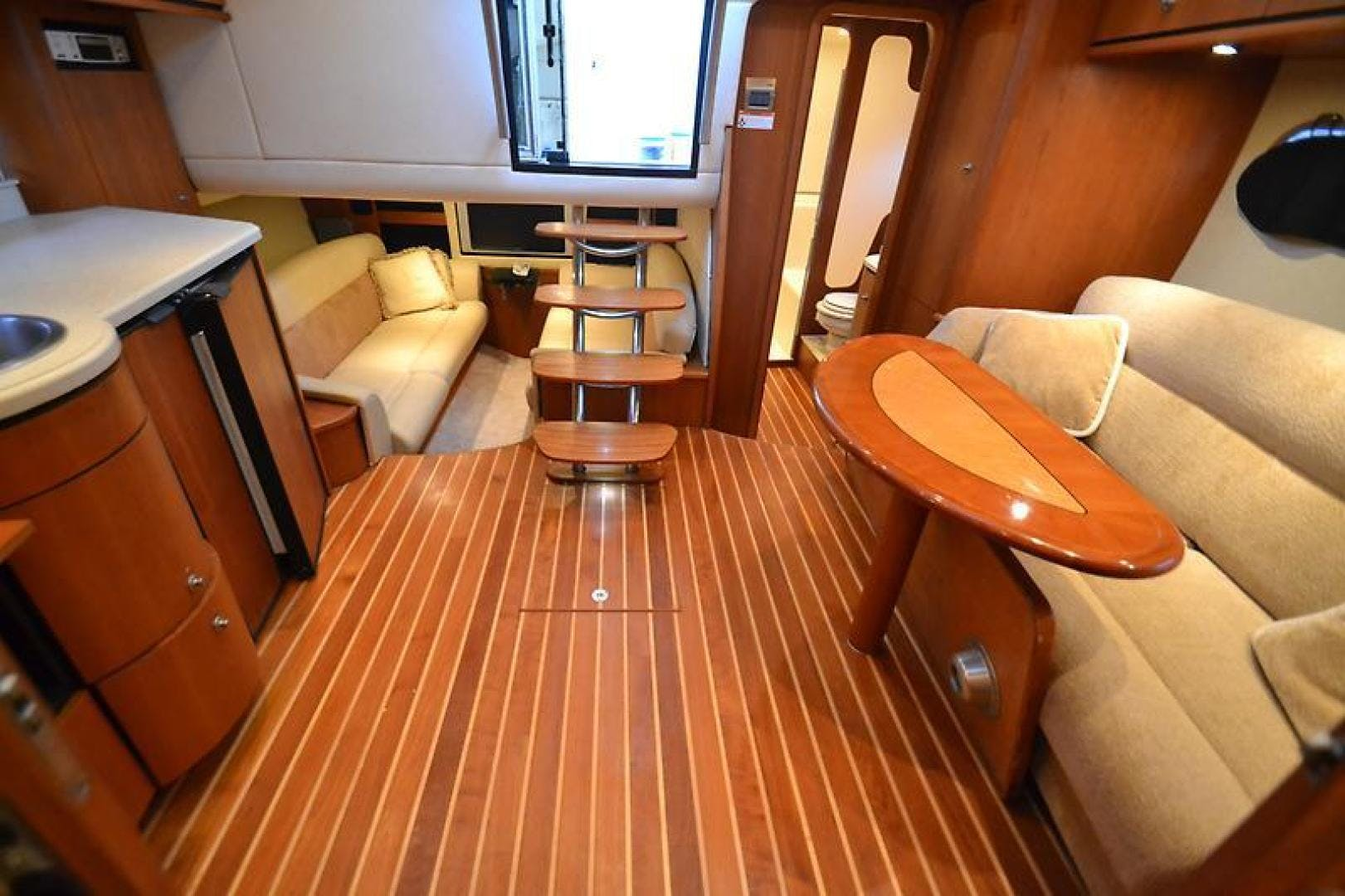 2007 Tiara Yachts 39' 39 Sovran Why Knot | Picture 4 of 25
