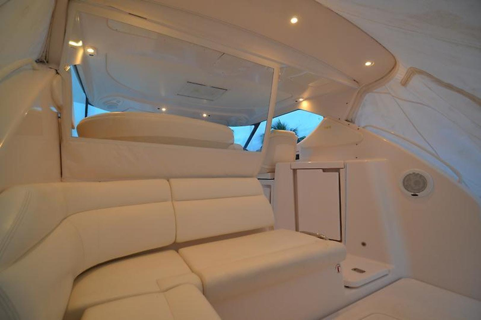 2007 Tiara Yachts 39' 39 Sovran Why Knot | Picture 5 of 25