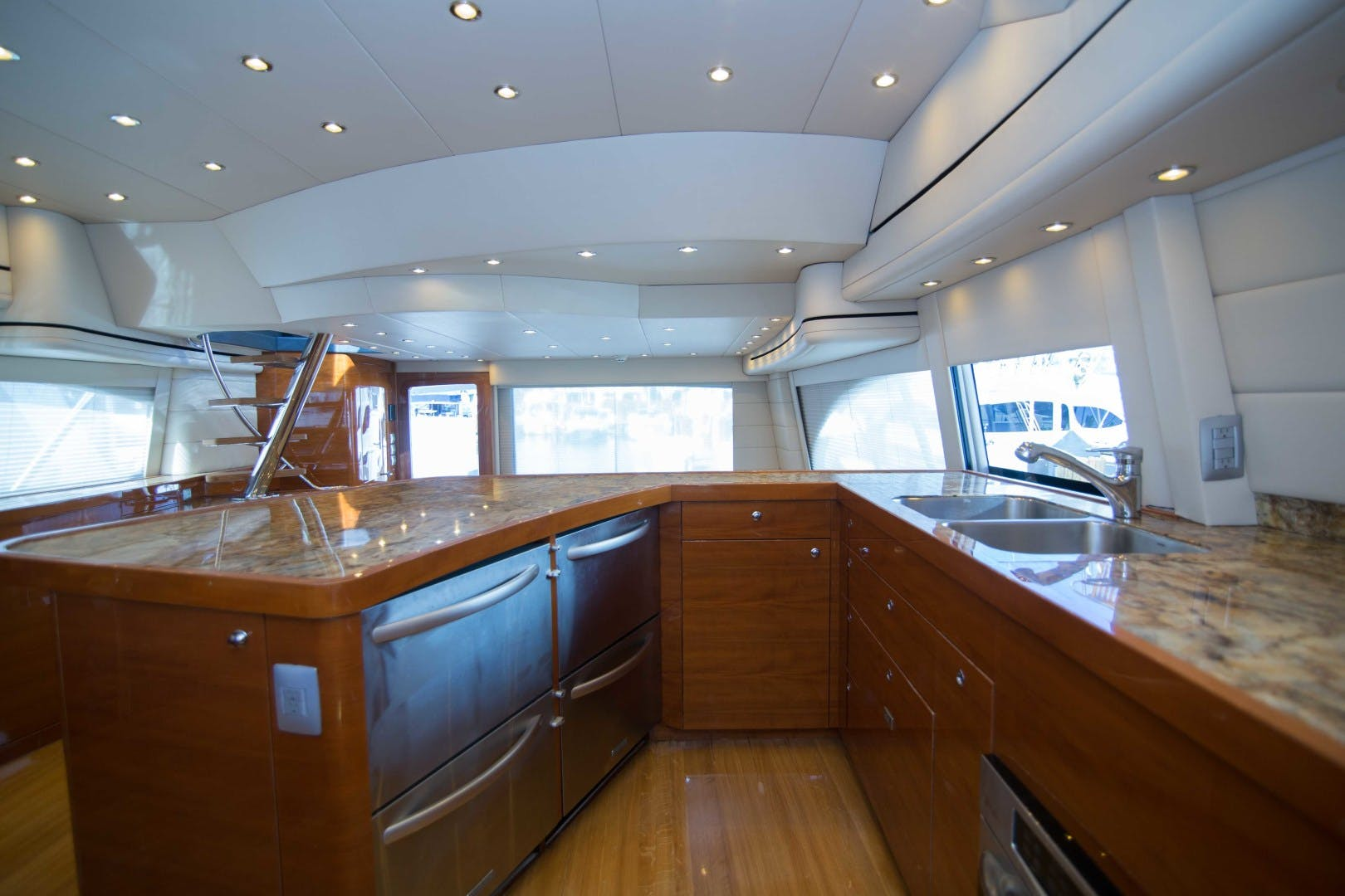 2011 Spencer 70' Custom Sportfish CASHDRAIN | Picture 3 of 76