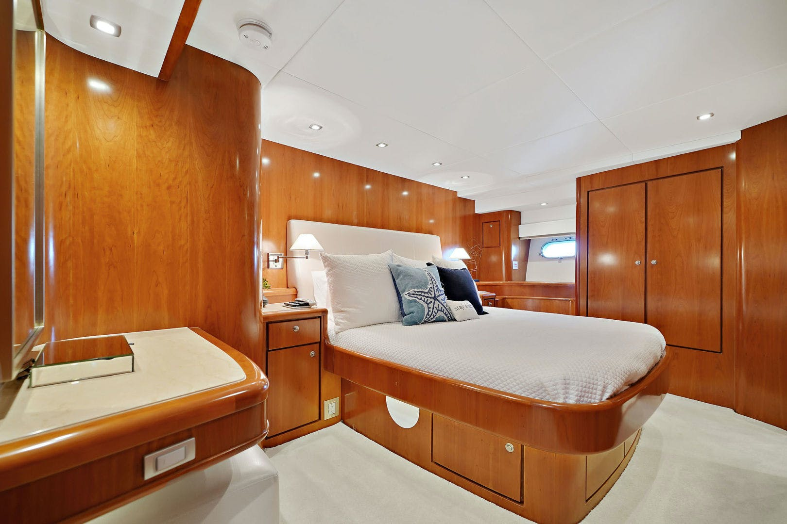 2005 Donzi 73' Convertible Century Star | Picture 3 of 41