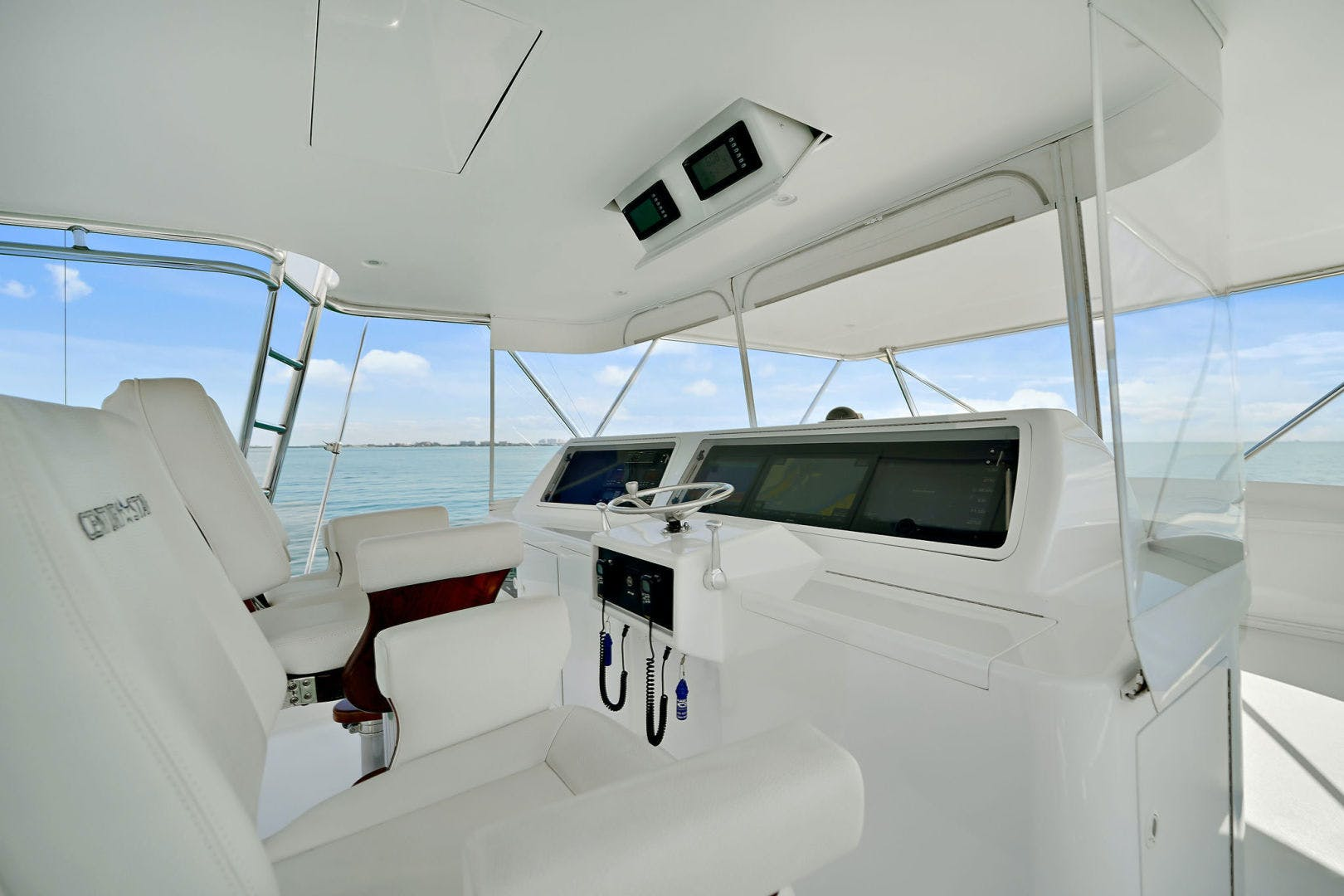 2005 Donzi 73' Convertible Century Star | Picture 5 of 41